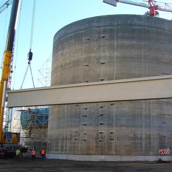 10.000 m3 Getreideschlempe fassen die Behälter der Biomethan-Anlage von VERBIO.