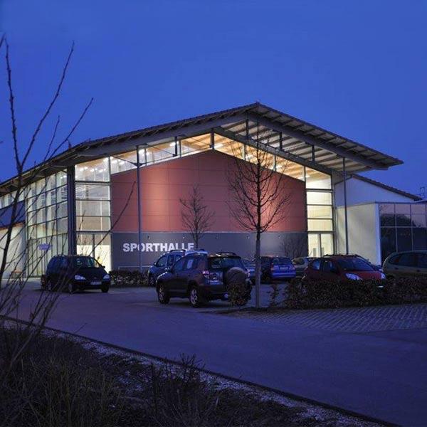 Teil des Neubaus der Grundschule in Neuburg/Kammel war die Verwirklichung einer 2-fach Turnhalle.