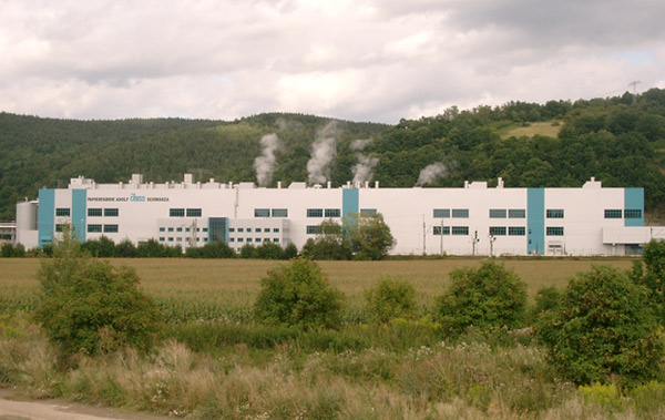 Die Papierfabrik Adolf Jass GmbH investierte am Standort Rudolstadt-Schwarza in den Neubau einer Papierfabrik für Wellpappenrohpapier.