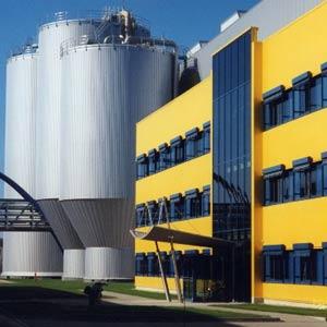 SCHUSTER engineering plante den Neubau der Papierfabrik PM5 mit einer Produktionskapazität von 300.000 Tonnen.