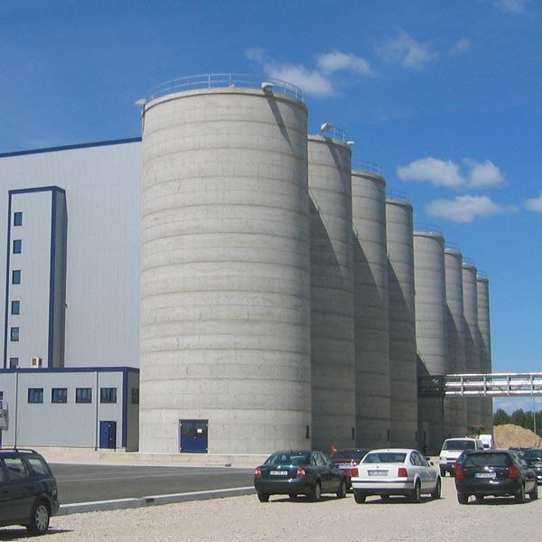 Gebäudeansicht der Bioethanolanlage Schwedt. Schuster engineering war hier Baugeneralplaner für die Gesamtanlage.