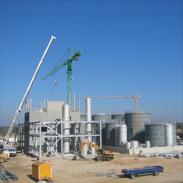 Die Firma Verbio baute in Schwedt auf dem Gelände der PCK Raffinerie eine Bioethanolanlage mit einer Jahresproduktionskapazität von 180.000 Tonnen hochreinem Bioethanol.