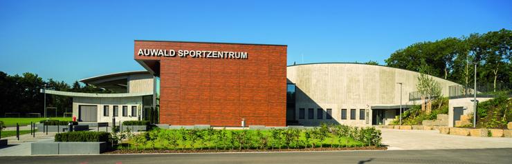 Das Auwald Sportzentrum in Gundremmingen befindet sich in unmittelbarer Nähe zum Birkenwald entlang der Donau.